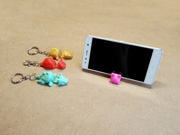 Image of Cool Custom Keychains to 3D Print: Smartphone Stand