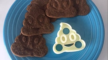 Image of Quirky Emoji 3D Printable Toys and Figures: Poop Emoji Cookie Cutter