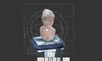 3D female statue model displayed in 3D view.