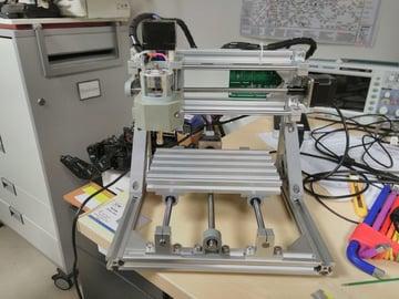 The 1610 CNC machine.