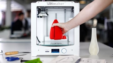 Ultimaker 2, a high performance FDM 3D printer.