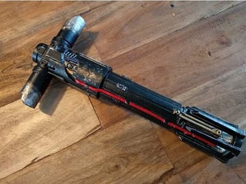 Kylo Ren's lighsaber, painted and finished.