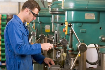 FMSs have various advantages over dedicated, manually-operated machinery.
