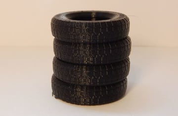 This tire stack came out exceptionally, with very crisp details.
