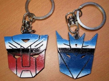 These keychains are sharp and simple enough for a beginner to print
