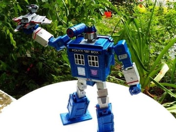 The Tardis, from Doctor Who, reimagined as a Transformer!