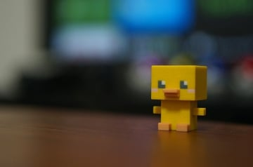 A duck modeled in MagicaVoxel