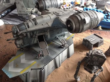 This Razor Crest ship looks so good it's hard to tell that it is 3D printed at all