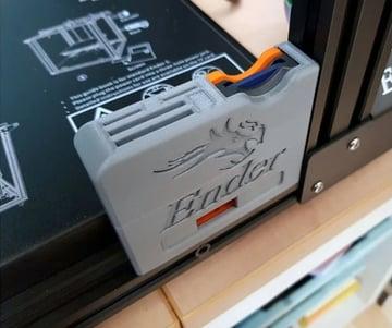 Imagen de Mejoras para la Creality Ender 5 que no te puedes perder: Carcasa para adaptador de tarjeta SD