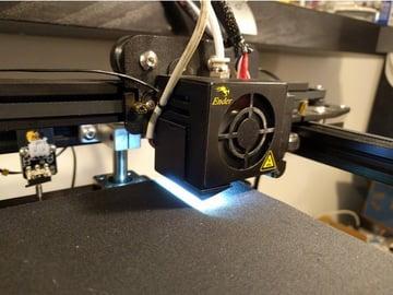 Imagen de Mejoras para la Creality Ender 5 que no te puedes perder: Soporte para luz LED