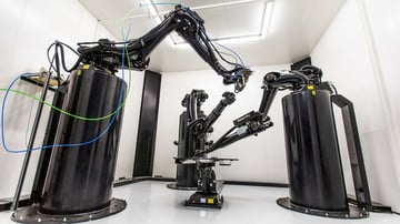 This 3D printer is powered by multiple robotic arms capable of printing end use metal parts