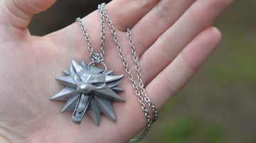 A well-made Witcher Wolf School necklace