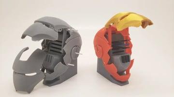 Afbeelding van coole dingen om in 3D af te drukken: mechanische Iron Man SD-kaarthouder