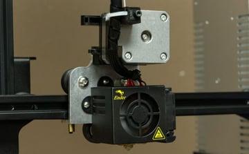 Wiele osób twierdzi, że konfiguracje z napędem bezpośrednim najlepiej sprawdzają się w przypadku drukowania elastycznych materiałów