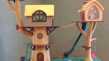 Featured image of Grandparents Make 3D Printed Tree House for Birthday Present
