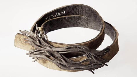 Featured image of Generative, 3D Printed Belt Buckles by Scunzani