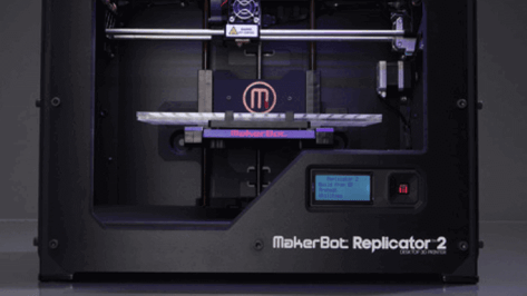 Featured image of 3D printers hit retail stores