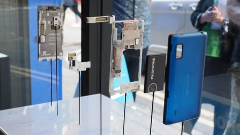 Featured image of The Power of Fairphone and Locally Distributed Manufacturing