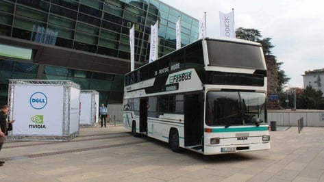 Featured image of FabBus is FabLab on Wheels with Twelve 3D Printers