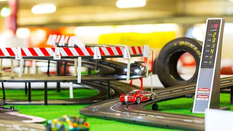 Featured image of Expand Carrera Slot Car Tracks With 3D Printed Parts