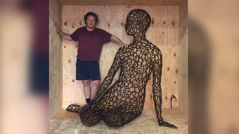 Featured image of Artist Uses 3D Printing to Create Giant Metal Voronoi Sculpture