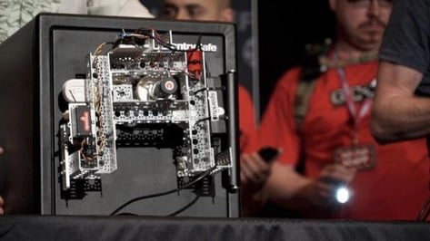 Featured image of This Open-Source Robot Can Crack A Safe in 30 Minutes