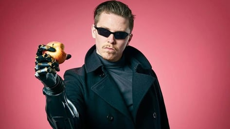 Featured image of Open Bionics Receives Guinness World Record for Deus Ex Prosthetic Limb