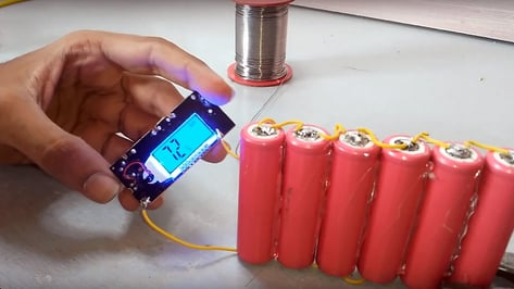 Featured image of Build Your Own Inexpensive Powerbank with 3D Printing