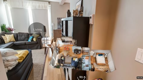 Featured image of Airbnb Adopts AR/VR to Let You Visit A Home Before Renting It