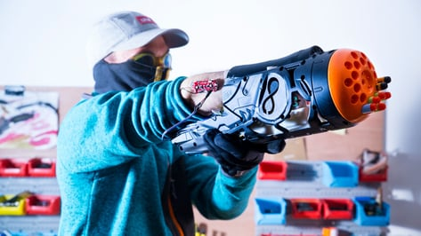 Featured image of This is a Prosthetic Nerf Gun Made with 3D Printing