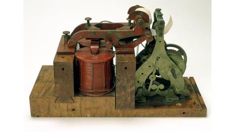 Featured image of 3D Printed Telegraph Replicates Ezra Cornell's 1844 Original