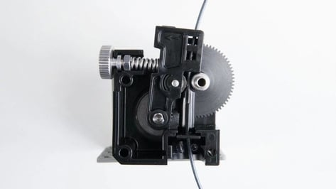 Featured image of Direct vs Bowden Extruder: Know the Differences