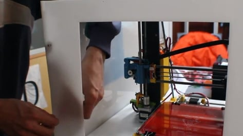 Featured image of Prusa i3 MK3S Enclosure – The Easiest Ways to Build or Buy One