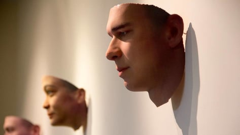 Featured image of DNA from Cigarette Butts Turned into 3D Printed Portraits