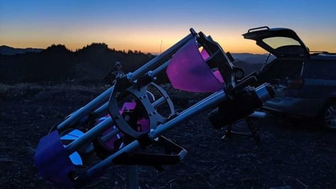 Featured image of Analog Sky Drifter is a Customizable 3D Printed Binocular Telescope