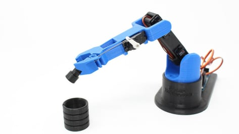 Featured image of LittleArm Releases V3 of 3D Printed DIY Robot Arm Kit on Kickstarter