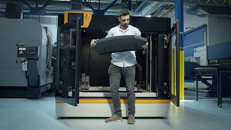 Featured image of Best Industrial Carbon Fiber 3D Printers in 2021