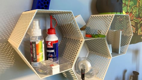 Featured image of 3D Printed Shelves: 10 Great Storage Solutions
