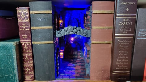 Featured image of 3D Printed Book Nook: 8 Beautiful Models for Book Lovers