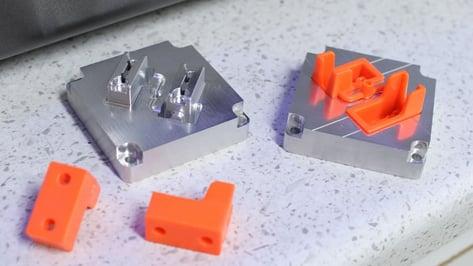 Featured image of Best DIY & Desktop Injection Molding Machines