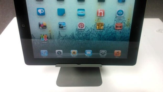 Featured image of 3D Printed iPad Stand in iMac Design