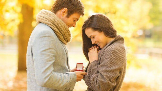 Featured image of 3D Printed Wedding Rings: Affordable, Gorgeous, Adorable