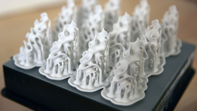 Featured image of New Ceramic 3D Printed Jewelry from Nervous System