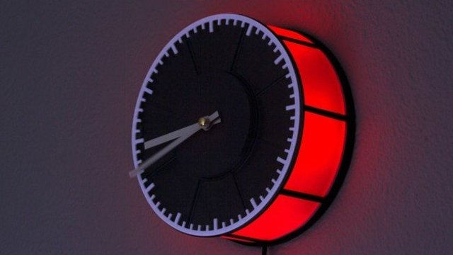 Featured image of [Project] Turn Old Filament Spools into a 3D Printed Clock