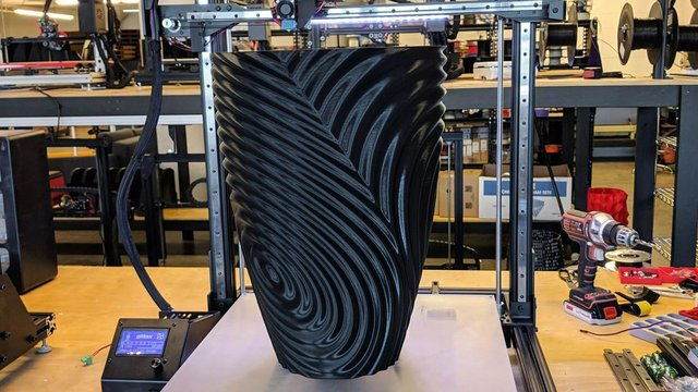 Featured image of 3D Printed Vase: 15+ Best Curated Models to 3D Print