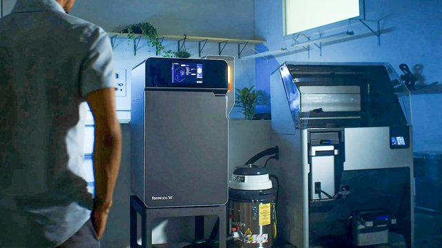 Featured image of Why Are Investors Pumping Millions into 3D Printing Companies?