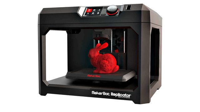 Featured image of MakerBot Replicator 5th Gen brings convenience for a hefty price