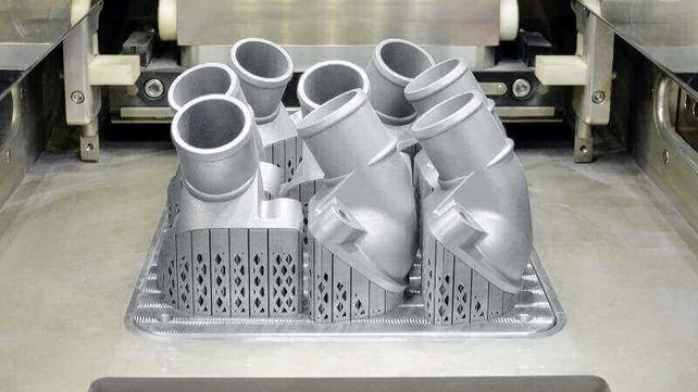 Featured image of Mercedes-Benz Reveals First Metal 3D Printed Truck Part