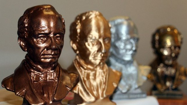 "Featured image of ""Bronze Johns"" Statuettes Saved with 3D Printing"