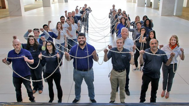 Featured image of EnvisionTEC Prints Huge Chain, Announces New Durable E-RigidForm Material